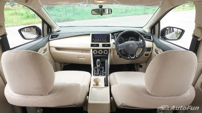 Mitsubishi Xpander Ultimate A/T Interior 004