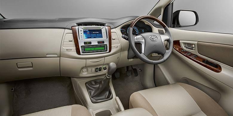 Nggak Usah Beli Fortuner, Toyota Kijang Innova Generasi Pertama Tak Kalah Tangguh 02