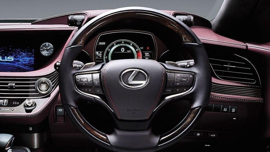 Lexus LS 2019 Interior 002