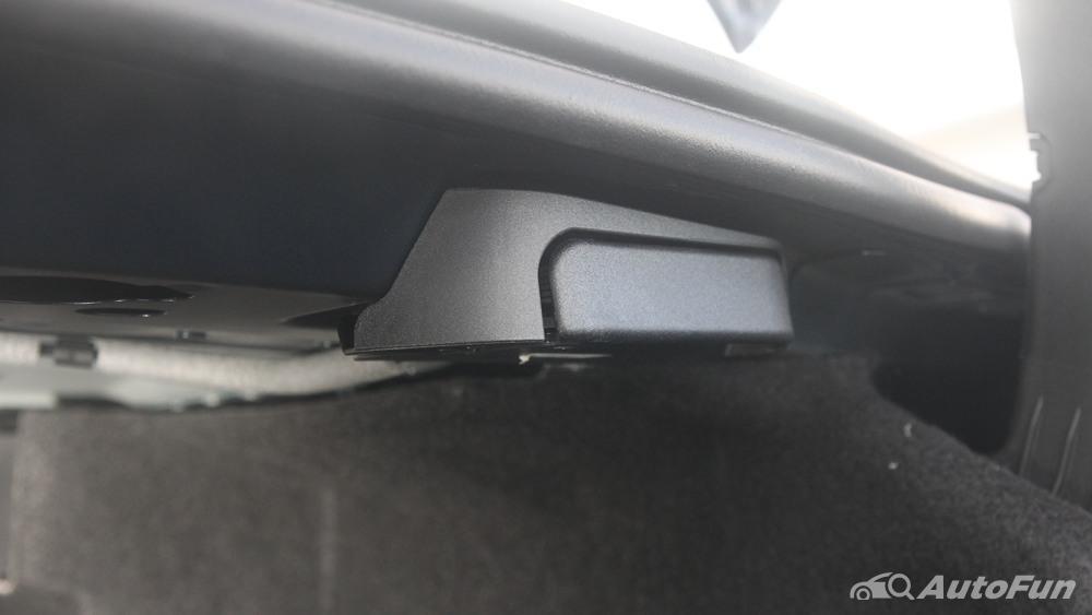 Mercedes-Benz E-Class 2019 Interior 049