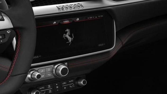 Ferrari Portofino 2019 Interior 005