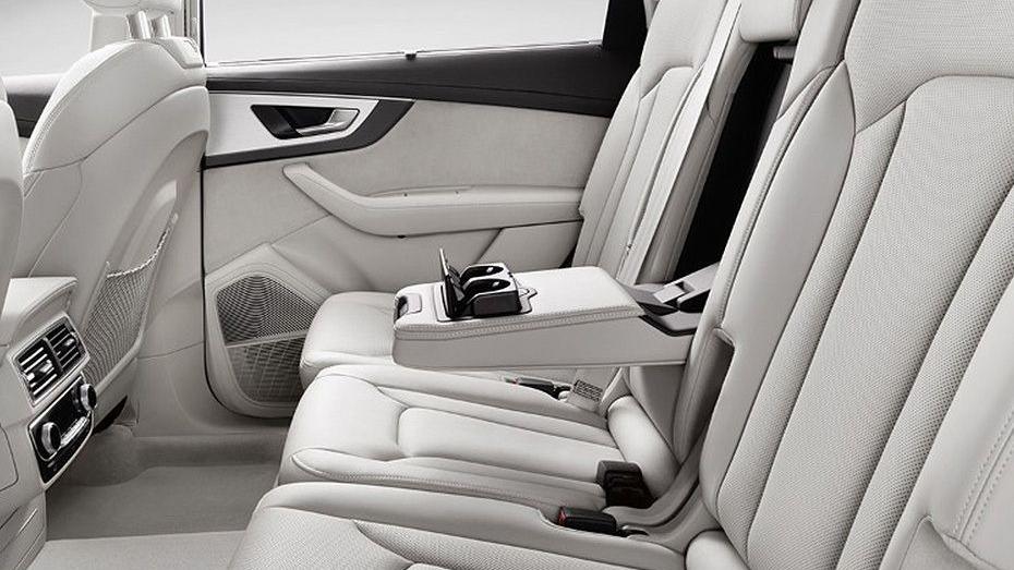 Audi Q7 2019 Interior 008