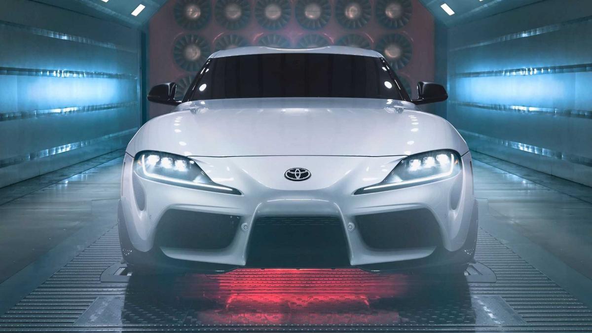Jangan Iri Boss, Toyota Supra A91-CF Edition Full Karbon ini Cuma Dibikin 600 Unit! 01