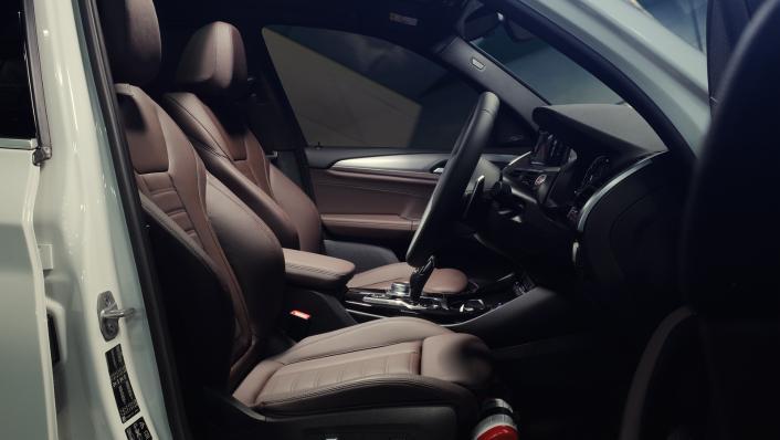 2021 BMW X3 xDrive30i M Sport Interior 002