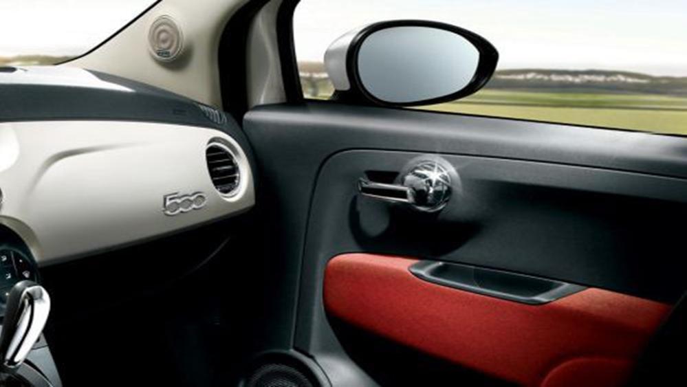 Fiat 500c 2019 Interior 013