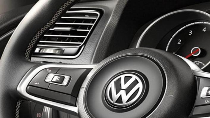 Volkswagen Scirocco 2019 Interior 002