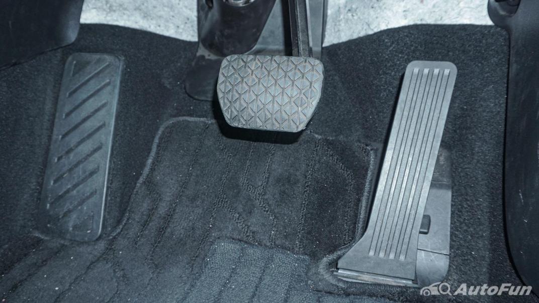 Mazda 6 Elite Estate Interior 019
