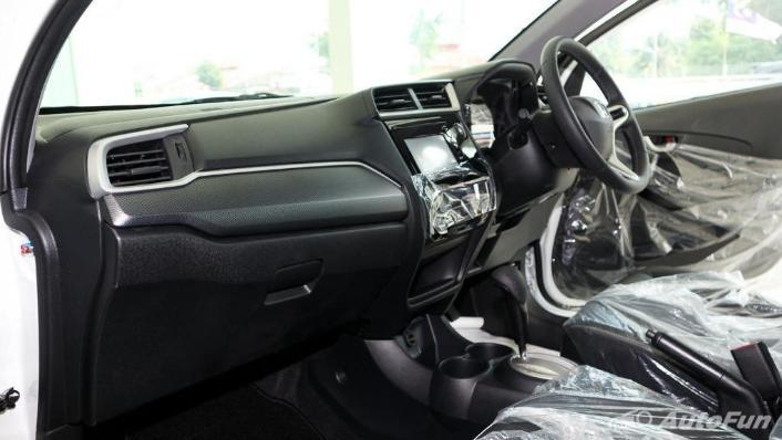 Honda BRV 2019 Interior 002