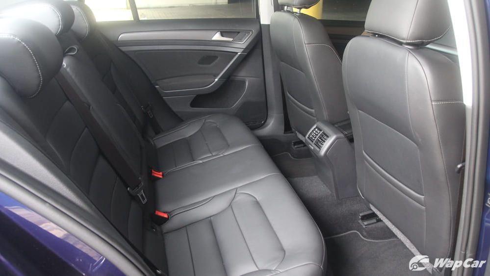 Volkswagen Golf 2019 Interior 038