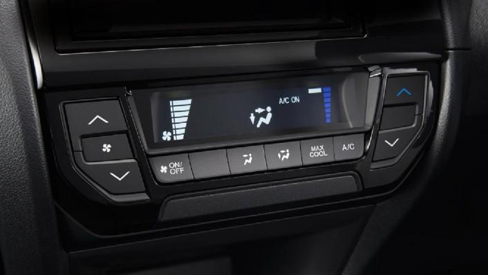 Honda Brio 2019 Interior 008