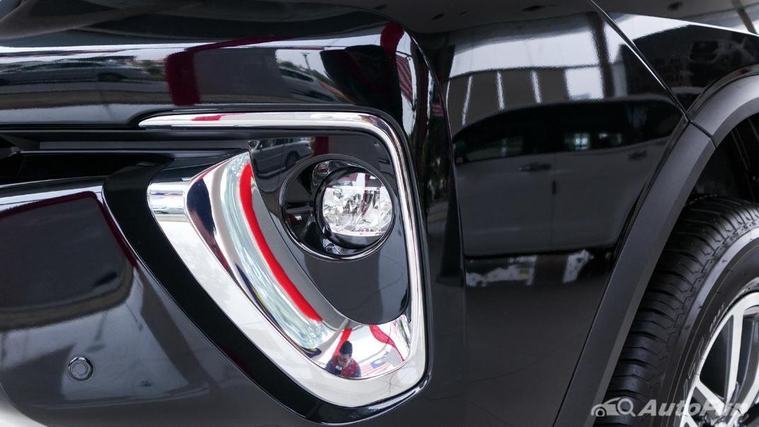 Toyota Fortuner 2019 Exterior 014