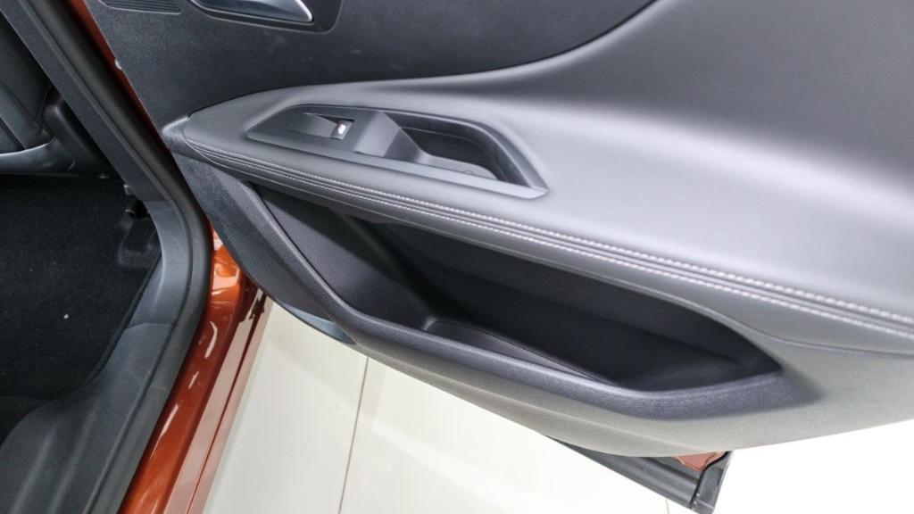 Peugeot 3008 2019 Interior 044