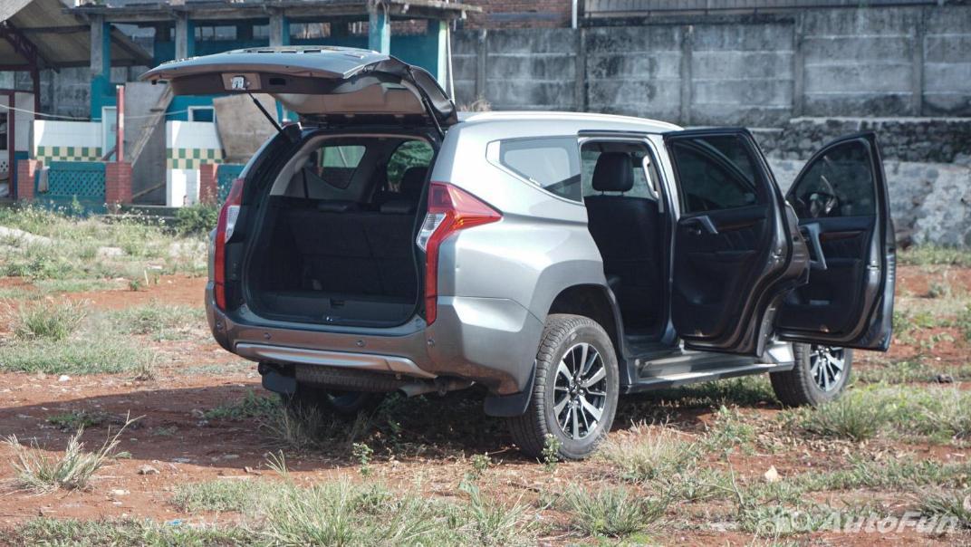 Mitsubishi Pajero Sport Dakar 4x4 AT Interior 075