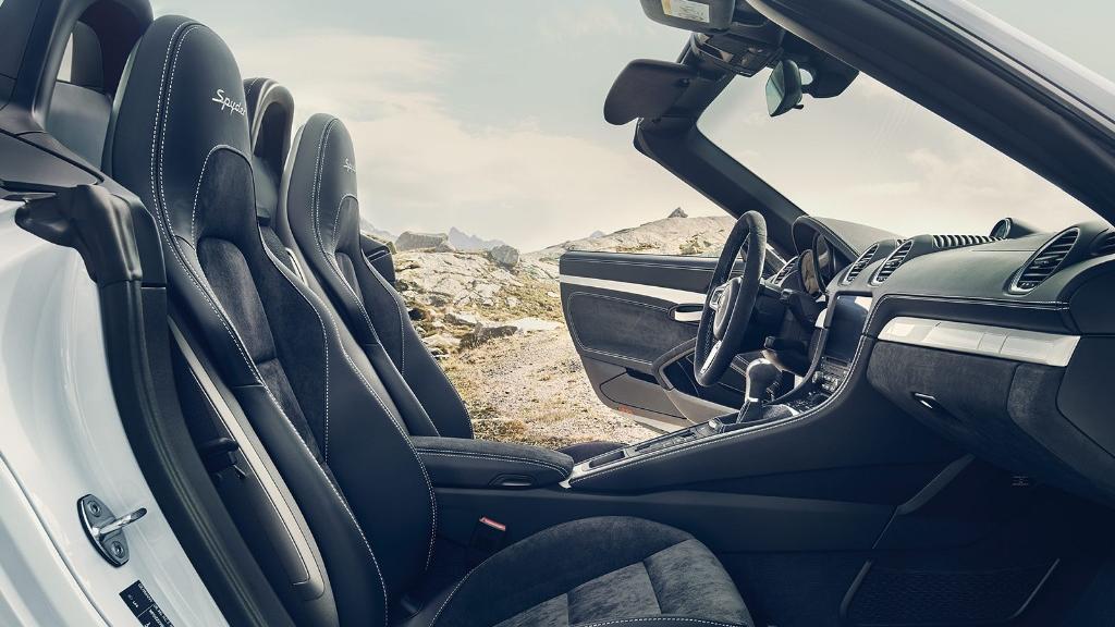 Porsche 718 2019 Interior 004