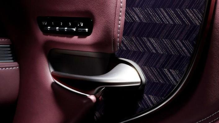 Lexus LS 2019 Interior 009