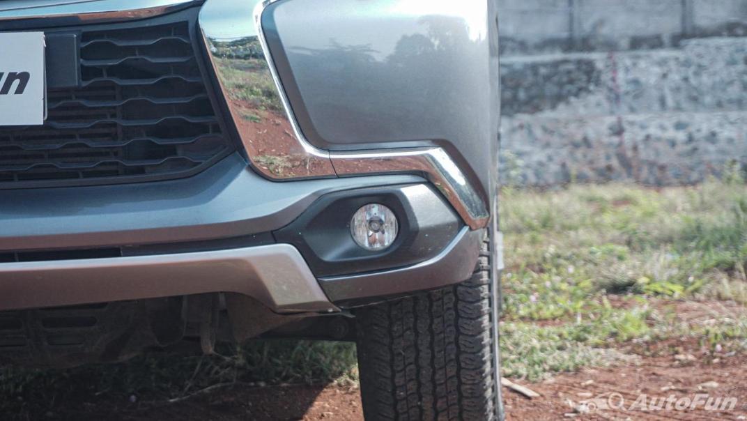 Mitsubishi Pajero Sport Dakar 4x4 AT Exterior 023