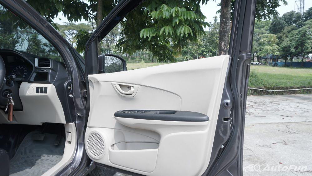 Honda Mobilio E CVT Interior 018