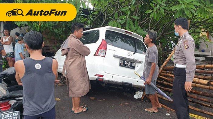 Toyota Avanza Lawan Arus Tewaskan Satu Orang, Korban
