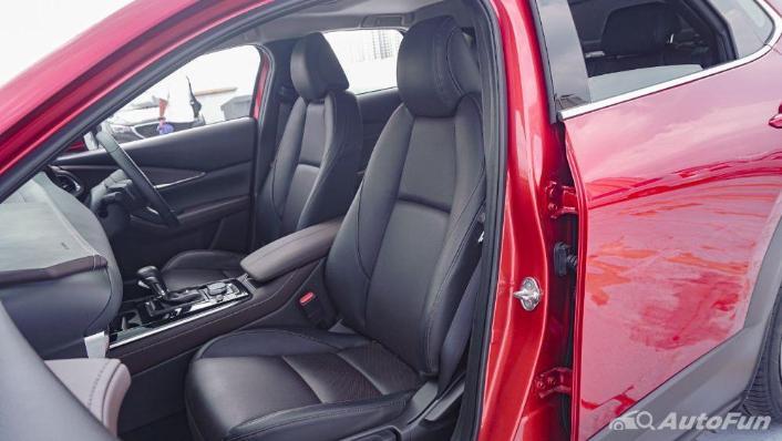 Mazda CX 30 GT Interior 009