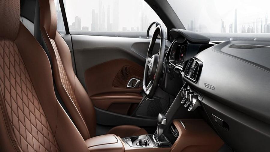 Audi R8 2019 Interior 006