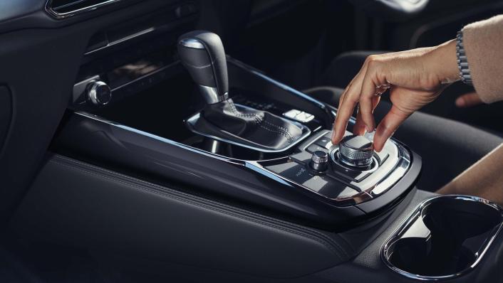 Mazda CX 9 2019 Interior 010