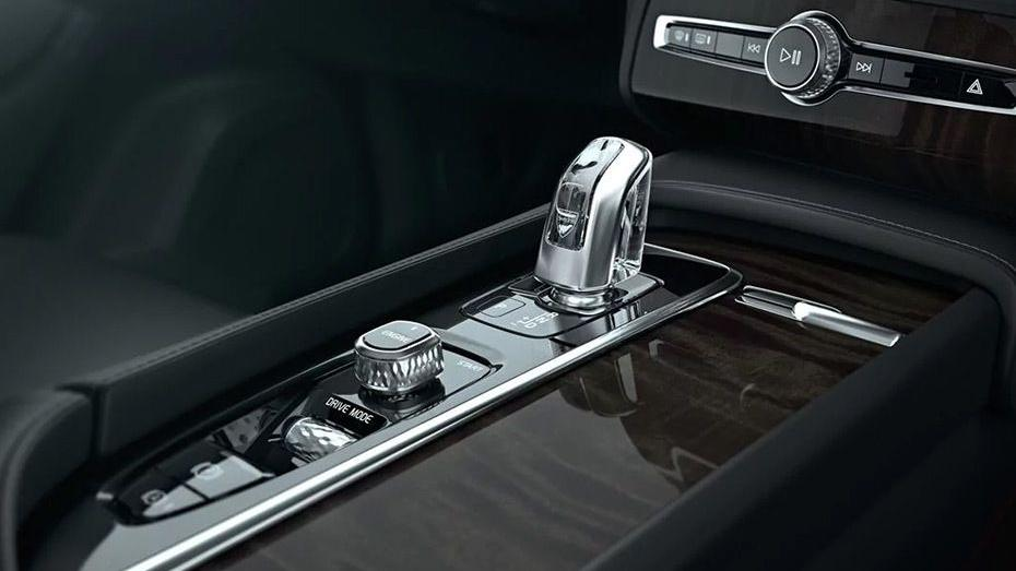 Volvo XC90 2019 Interior 008