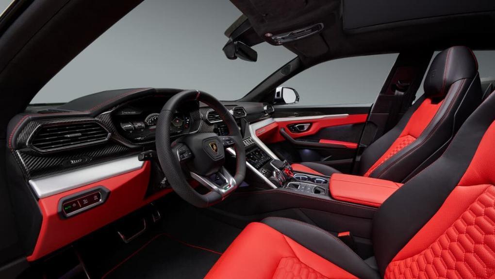 Lamborghini Urus 2019 Interior 001