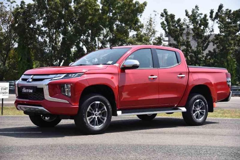SUV Vs Double Cabin, Kenapa Mitsubishi Pajero Sport 2021 Lebih Dipilih Dari Mitsubishi Triton? 02