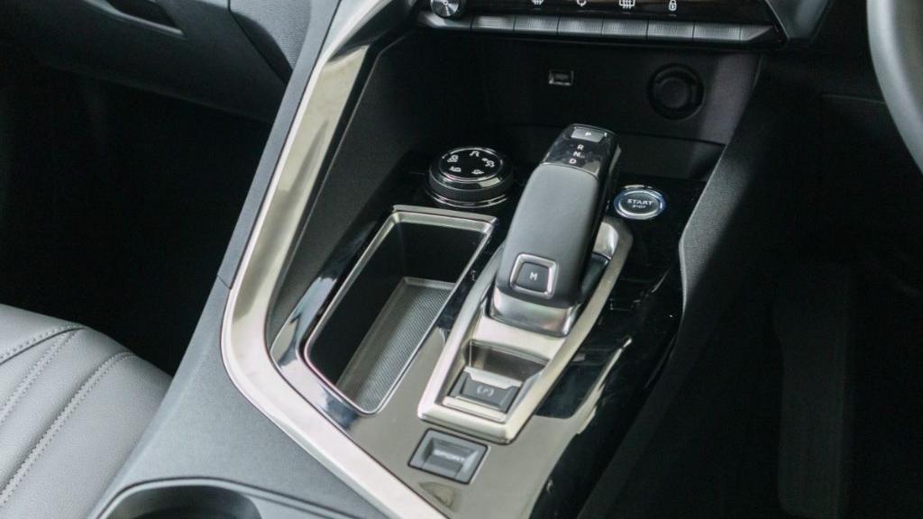 Peugeot 3008 2019 Interior 020