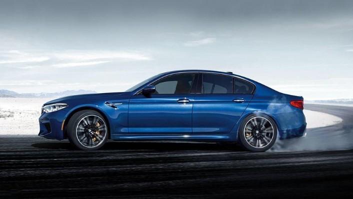 BMW M5 2019 Exterior 007