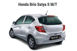 Cari Mobil Murah Meriah, Nih Skema Cicilan Honda Brio 2021 Atau Toyota Agya 2021