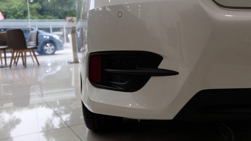 honda civic tahun 2018-Mobil itu cukup membantu saya. Apakah model putih honda civic tahun 2018 lebih baik? Haruskah saya memulai dari awal? 21
