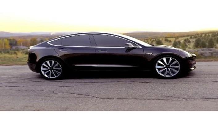 Tesla Model 3 2019 Exterior 007