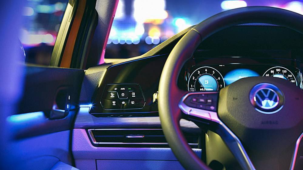 Volkswagen Golf 2019 Interior 069