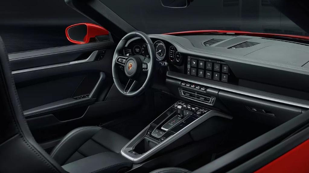 Porsche 911 2019 Interior 030