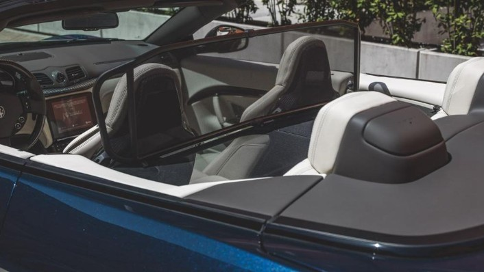 Maserati Grancabrio 2019 Interior 009