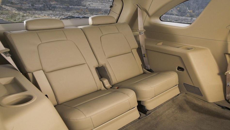 Suzuki XL7 2019 Interior 008