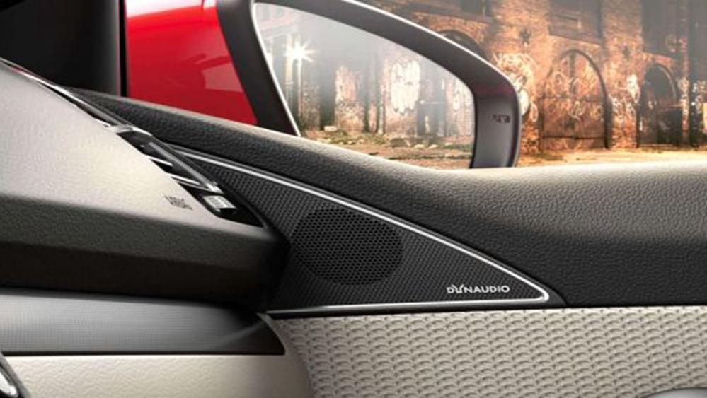 Volkswagen Scirocco 2019 Interior 009