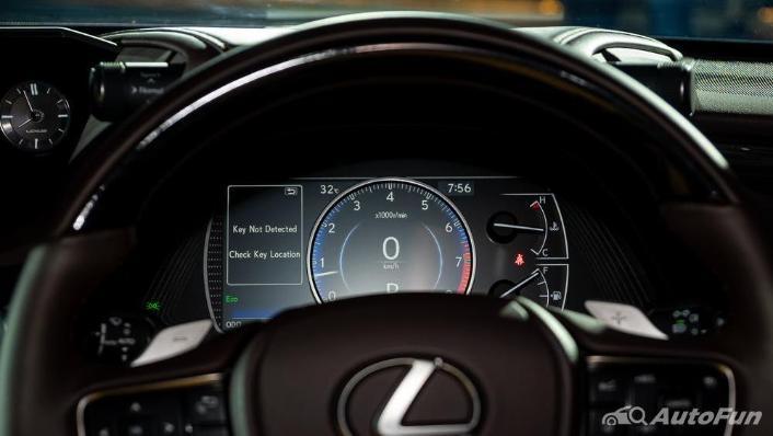 Lexus ES 2019 Interior 005