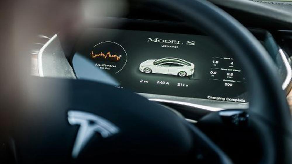 Tesla Model S 2019 Interior 005
