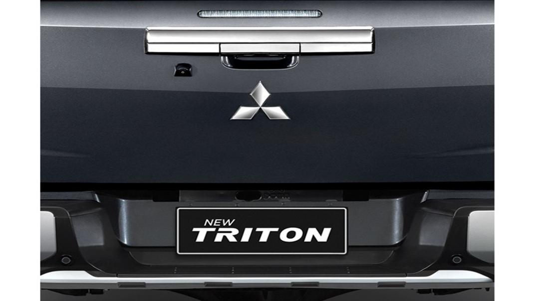 Mitsubishi Triton Exceed MT Double Cab 4WD Exterior 008