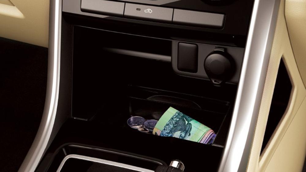Mitsubishi Xpander 2019 Interior 013