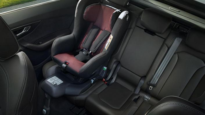 Audi Q8 2019 Interior 005