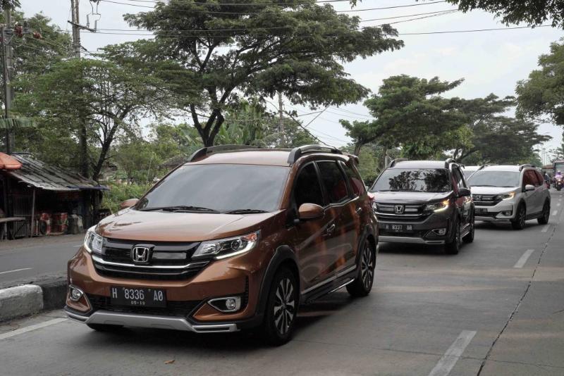 Harga Lebih Murah, Kenapa Honda BR-V 2021 Kalah Laku Dari Mitsubishi Xpander Cross? 02