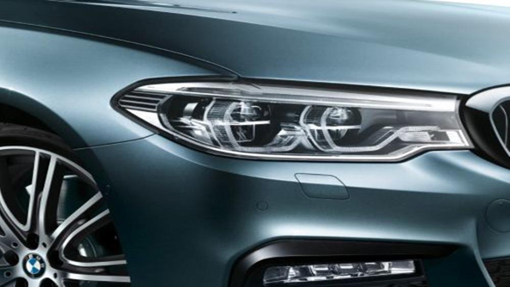 BMW 5 Series Sedan 2019 Exterior 008