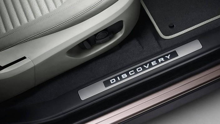 Land Rover Discovery Sport 2019 Interior 008