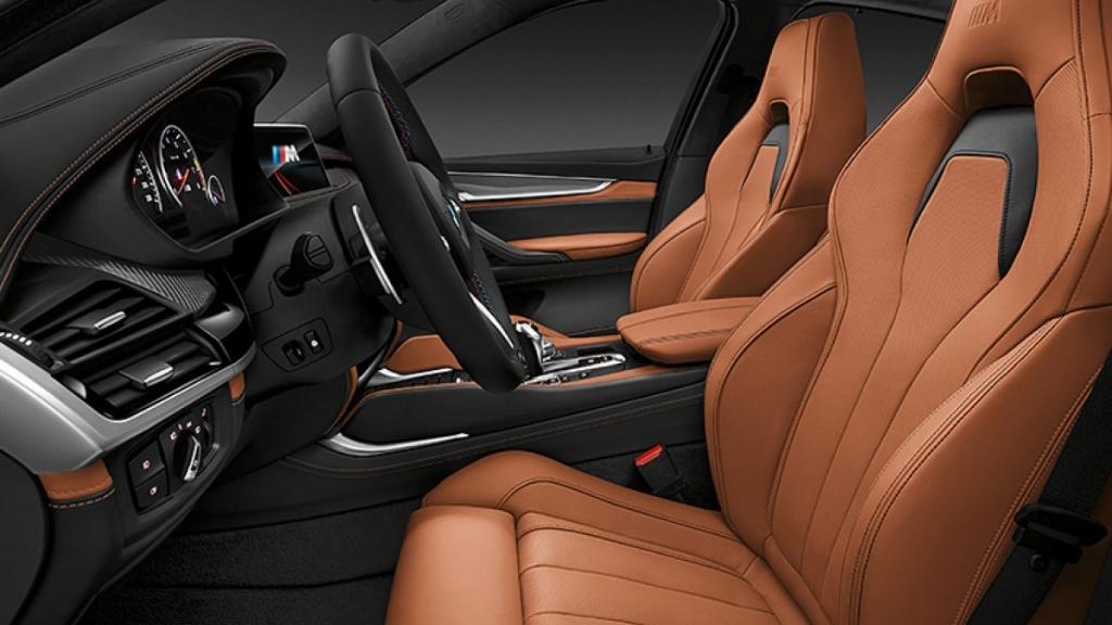 BMW X6 M 2019 Interior 005
