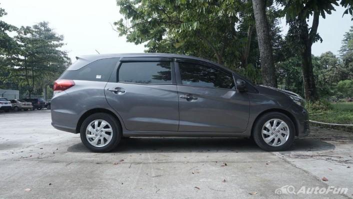 Honda Mobilio E CVT Exterior 008