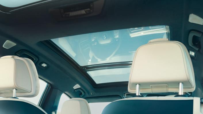 2021 BMW X7 xDrive40i Opulence Interior 009