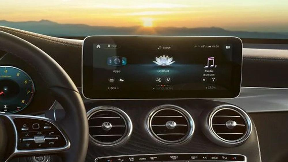 Mercedes-Benz GLC-Class 2019 Interior 004